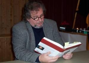 Autor Carl Gibson liest aus seinem Werk Symphonie der Freiheit