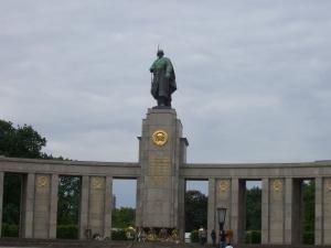 Sowjetisches Kriegerdenkmal in Berlin