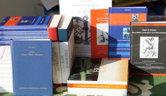 Bücher und Herta Müller-Kritiken von Carl Gibson